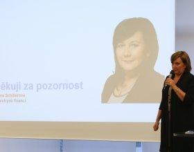 Ministryně Alena Schillerová (45)