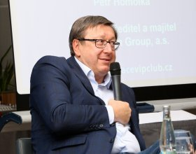 Petr Homolka- Wormelen Group, a.s. (40)