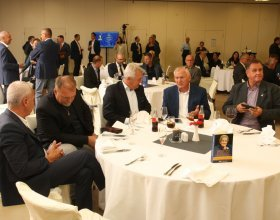 """Kulatý stůl """"Doporučení budoucímu premiérovi"""" (10)"""